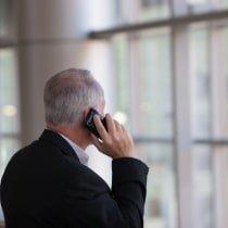 czlowiek-telefon
